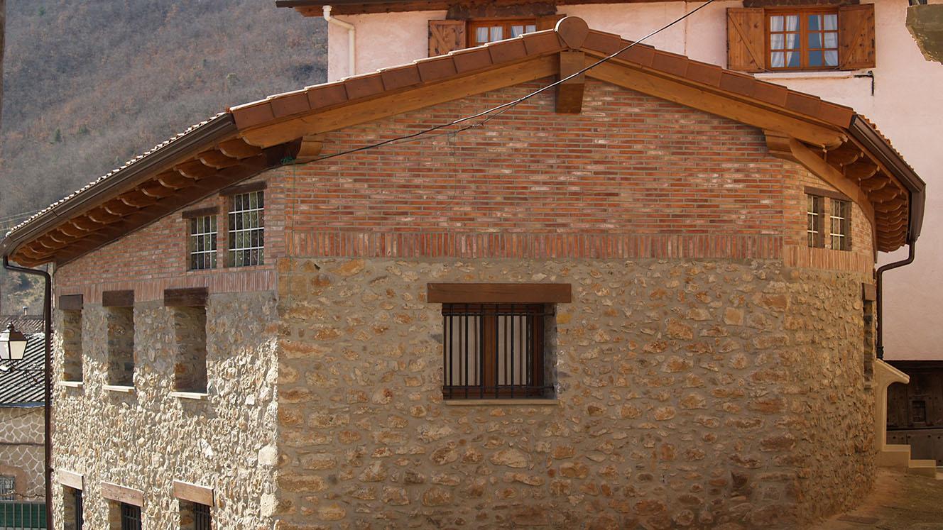 Prosma cubiertas porches estructuras y casas de madera - Casas estructura de madera ...